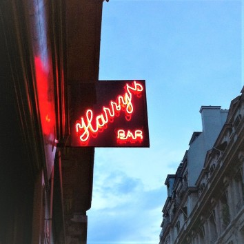 france - paris - harry's new york bar sign