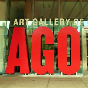 art gallery of ontario sign - dundas st w