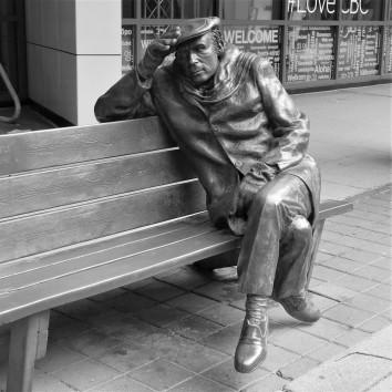 glenn gould statue - cbc building - front st