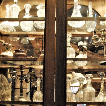 toronto - distillery district - cluny bistro & boulangerie - cabinet collection