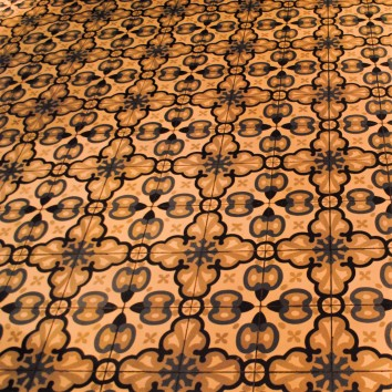 toronto - distillery district - cluny bistro & boulangerie - floor