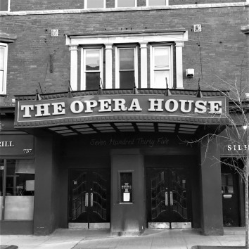 the opera house (bw) - queen & broadview