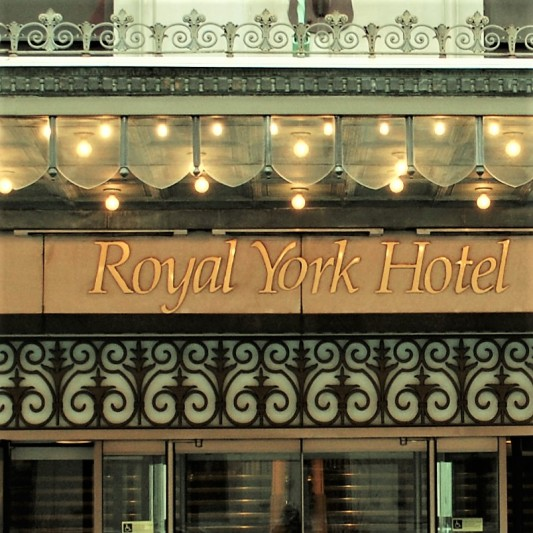 toronto - royal york hotel - front st