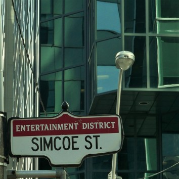 street sign - simcoe @ wellington